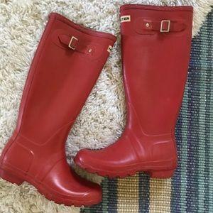 HUNTER classic red tall rain boots